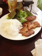 Glass noodles with grilled chicken and lettuce